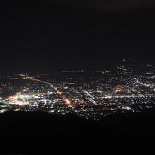 大町市鷹狩山展望台からの夜景