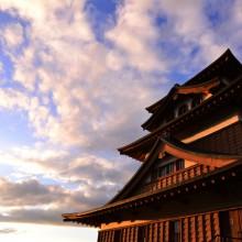 夕暮れ時の高島城 諏訪市