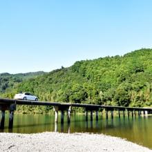 四万十川の清流と沈下橋